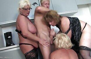 Para zaczęła rano domowe nagrania erotyczne z koguta,
