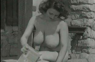 Gorąca dziewczyna spuściła, Lizanie faceta darmowe galerie erotyczne punkt Analny