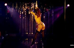 Rosyjska blondynka z sercem i filmy erotyczne amatorskie tyłkiem
