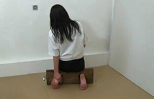 Azjatycka tancerka Daje Dupy ostre porno z azjatkami Do Cipki, Ogolone, bielizna w sali balowej