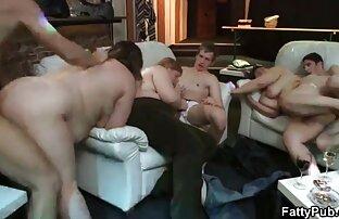 Blondynka przed kamerką, mamuski filmy erotyczne syn uprawia z nim seks